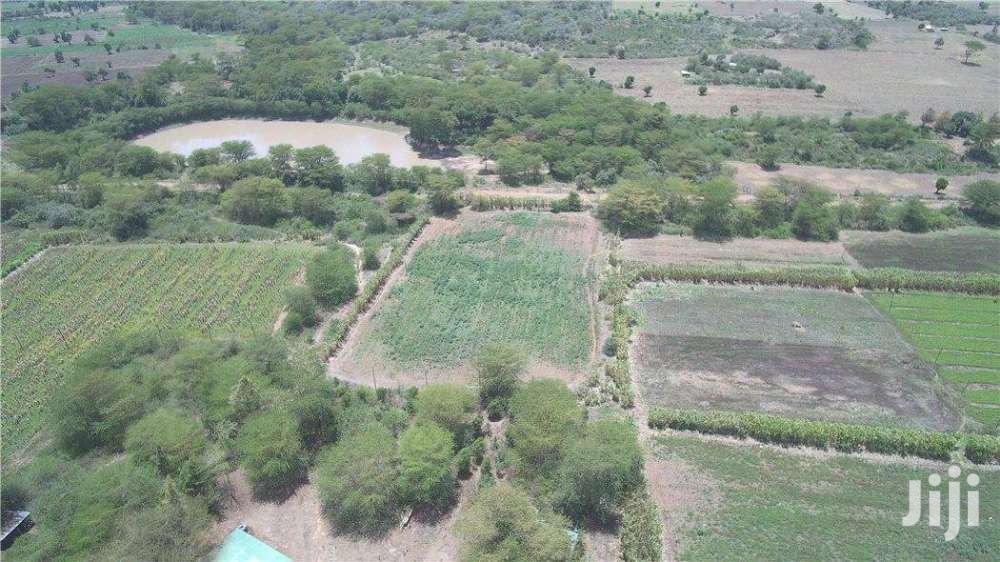 Narok 181 Acres Farm Next To Olololunga.