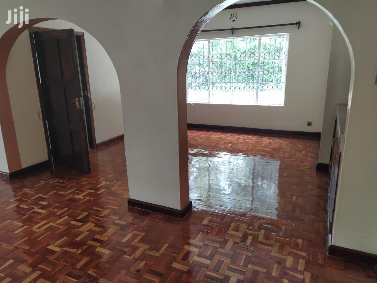 Archive: Bungalow To Let Karen Hardy