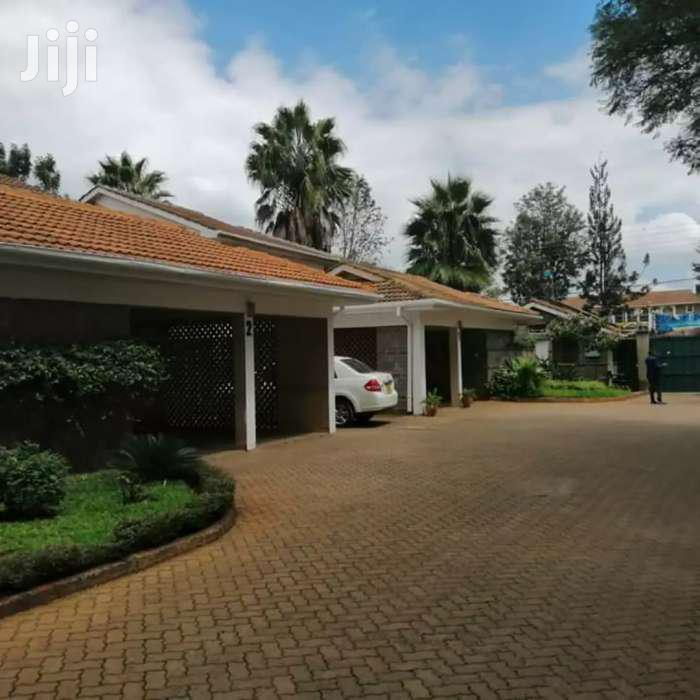 Executive 4br With Sq Town House To Let In Lavington