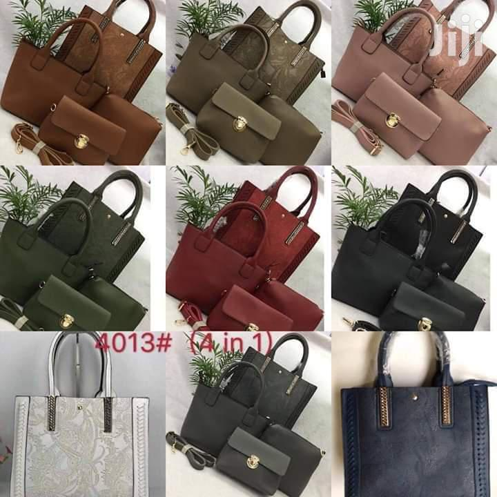 Archive: Trendy Handbags