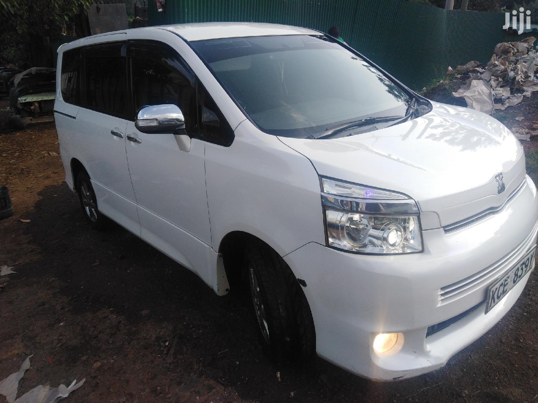 Toyota Noah 2008 White