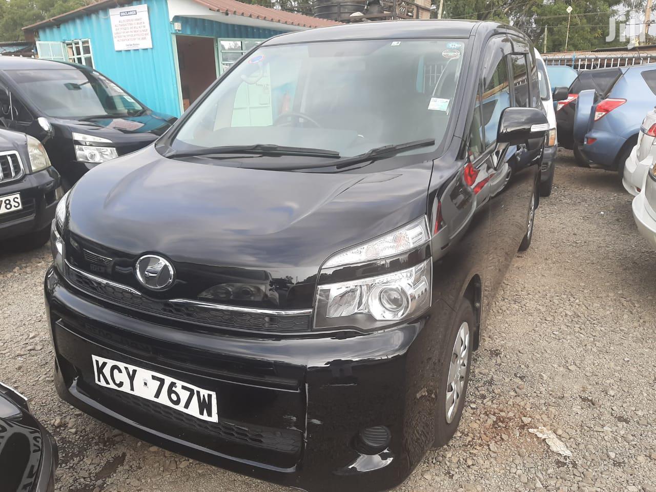 Archive: Toyota Voxy 2013 Black