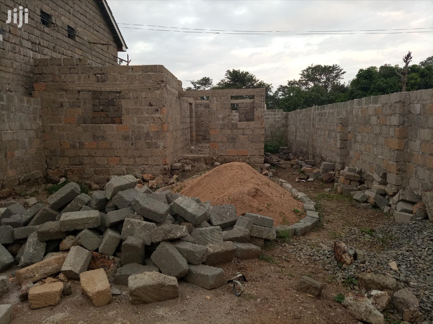 Archive: Built Plot With a 2 Bedroom Hse Incomplete