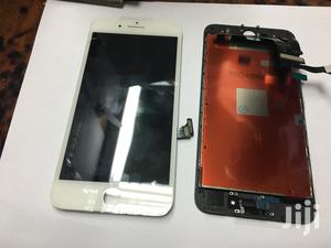 I Phone Xs LCD