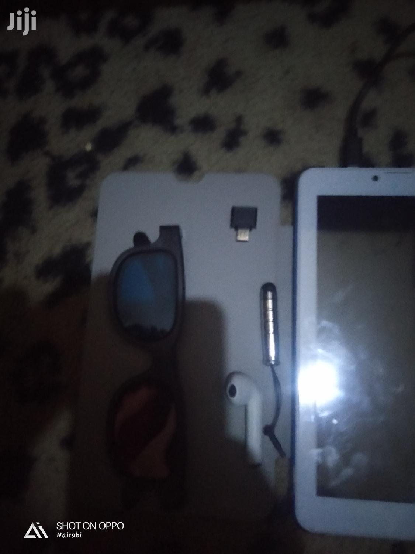 Archive: Tecno DroiPad 7E 16 GB White