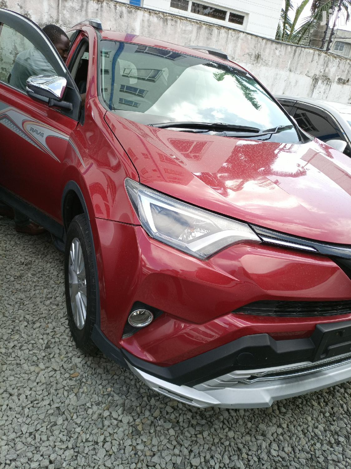 Toyota RAV4 2013 Red