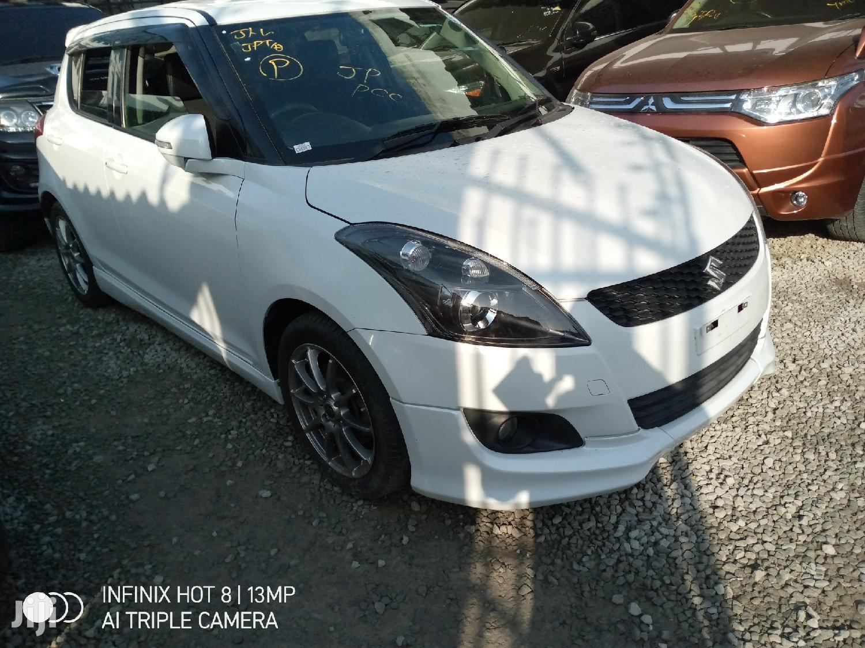Archive: Suzuki Swift 2013 White