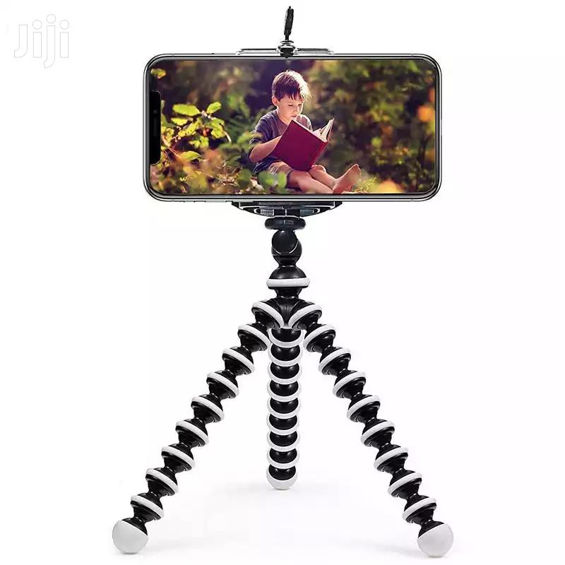 Small Octopus Flexible Tripod for Mobile Phones With Holder