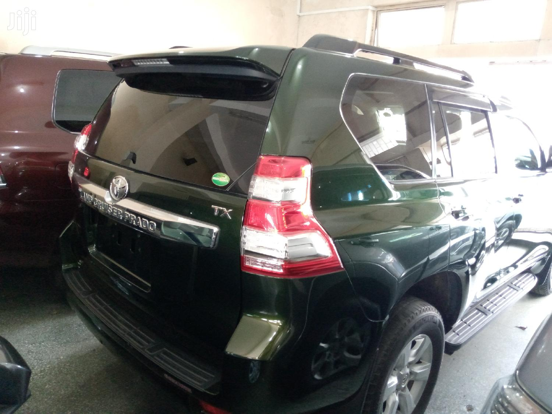Archive: Toyota Land Cruiser Prado 2015 Green