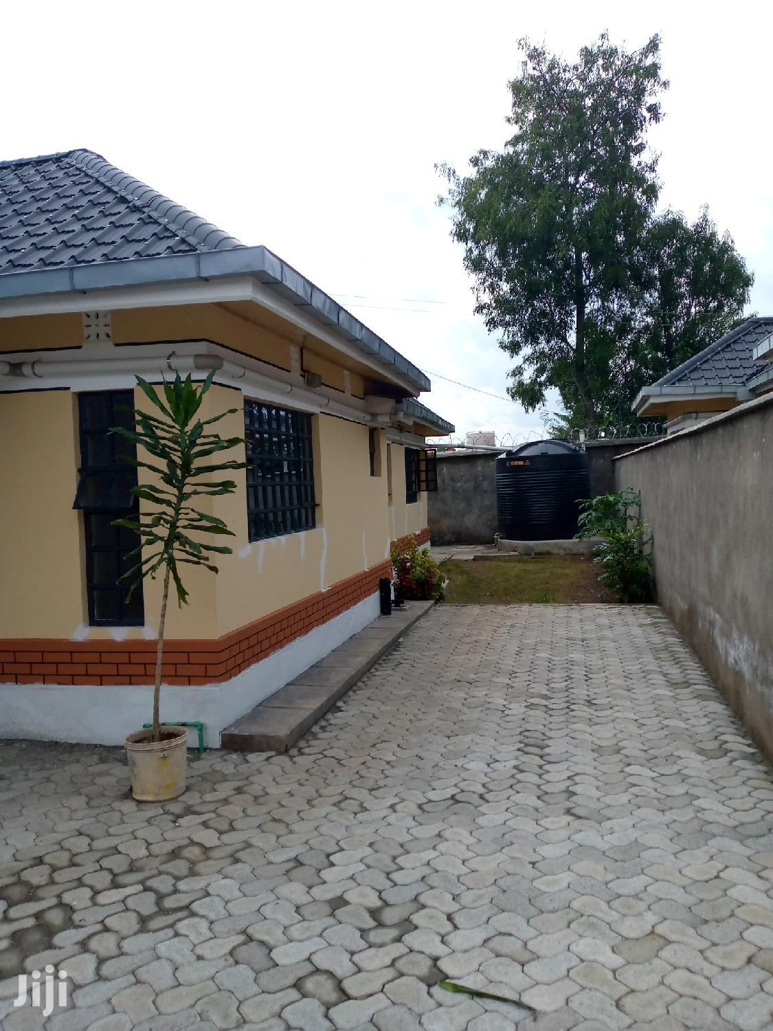 Archive: House For Sale In Nakuru Lanet