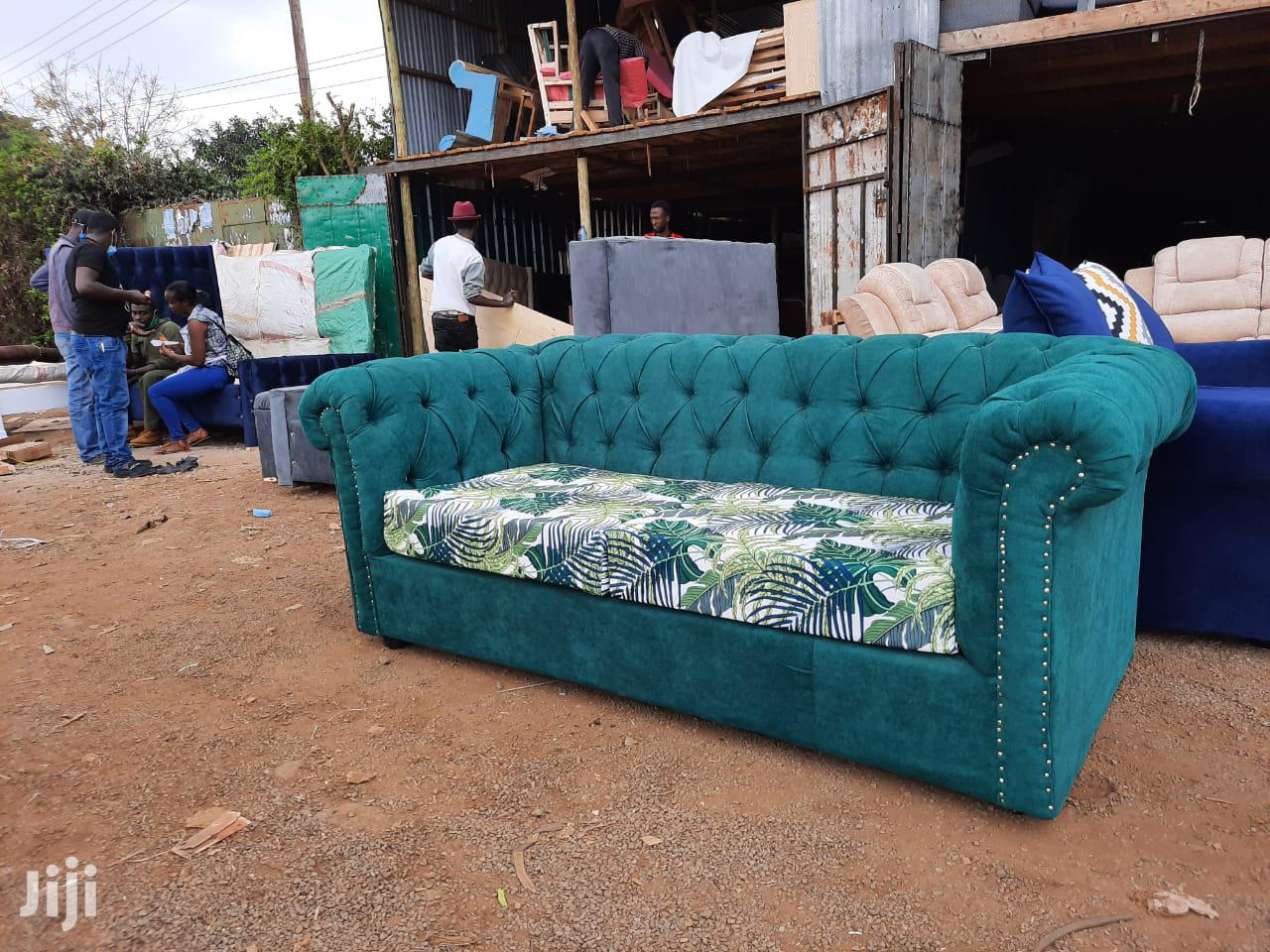 Modern 3 Seater Chesterfield Sofa