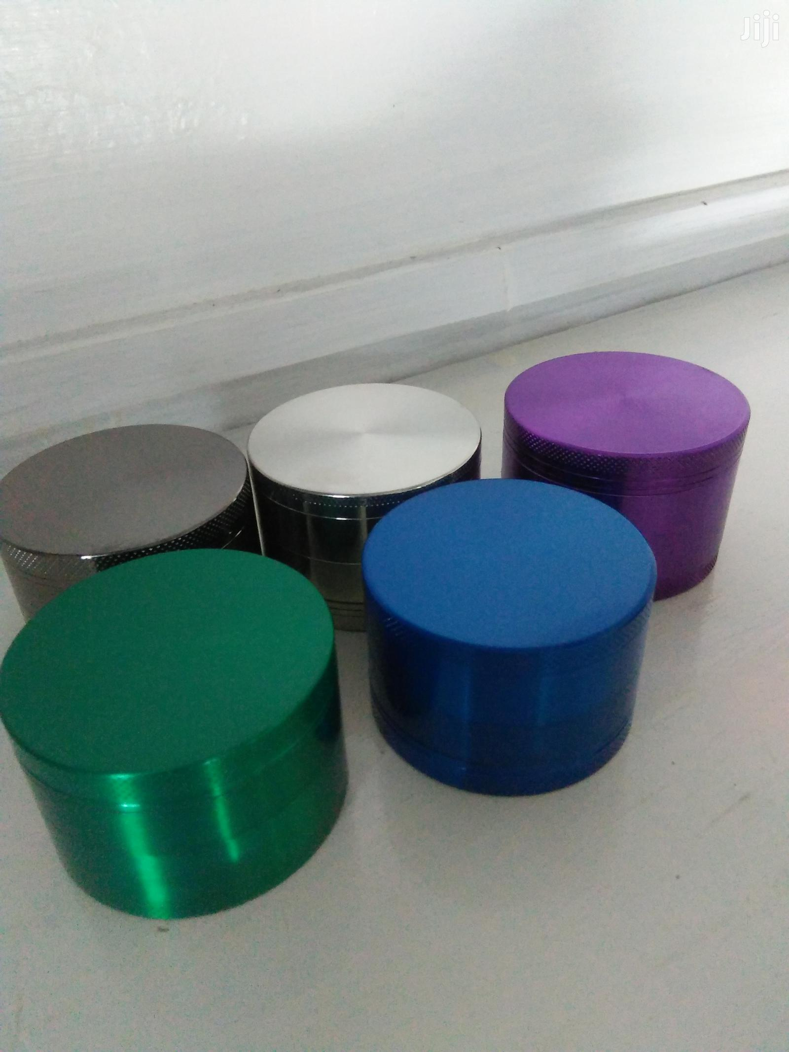 GRINDER Green , Black, Silver, Purple And Blue