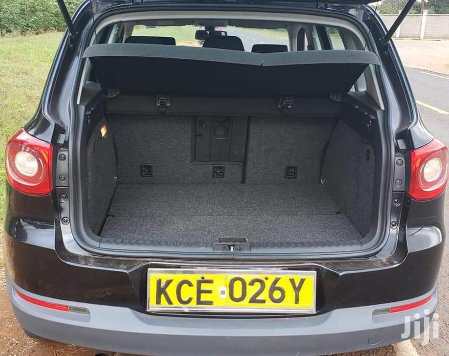 Archive: Volkswagen Tiguan 2009 2.0 S Black