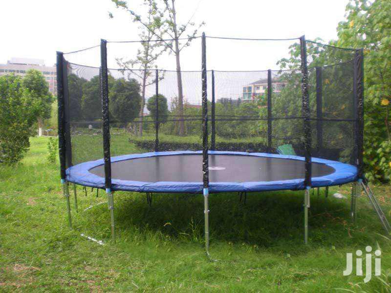 16 Feet New Round Trampoline On Offer