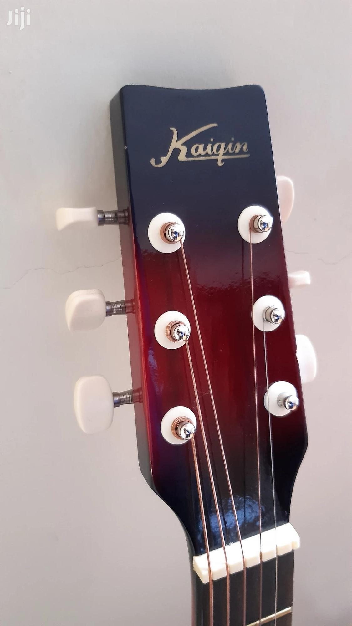 """Archive: Acoustic Guitar With FENDER GUITAR BAG - Size 38"""" Instrument"""