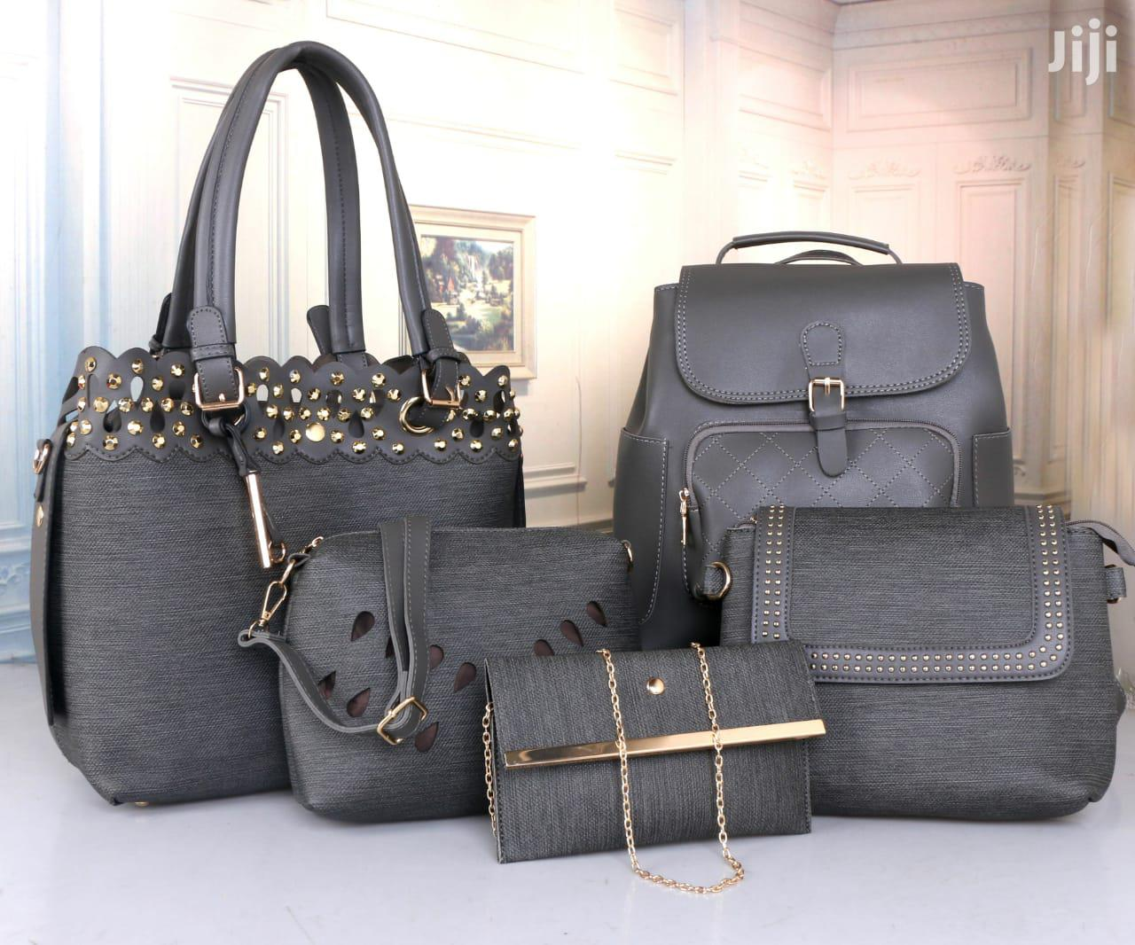 Archive: Classy Hand Bags