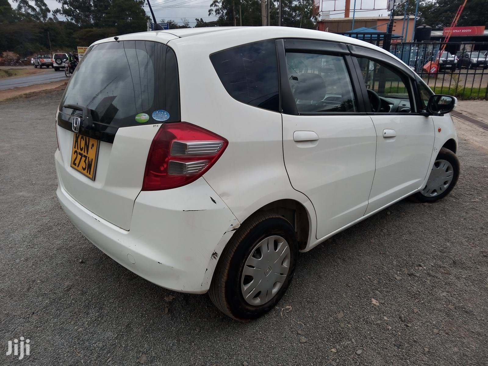 Honda Fit 2010 Automatic White