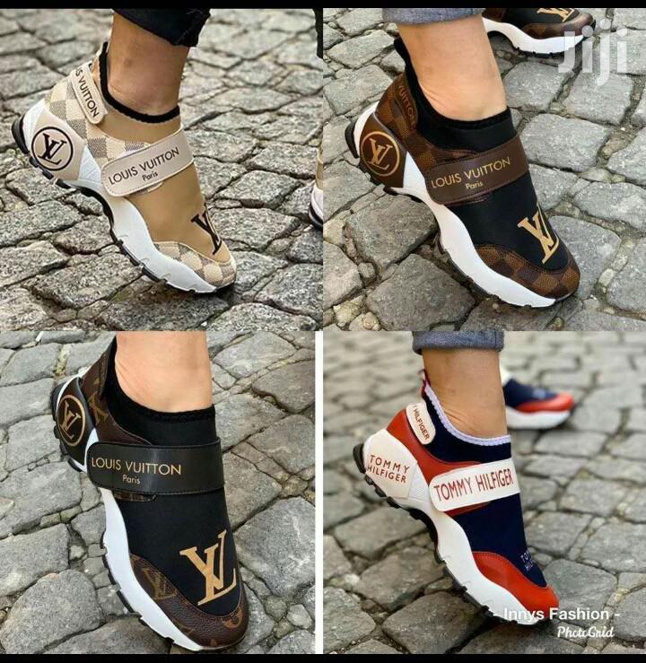 Ladies Louis Vuitton Sneakers in