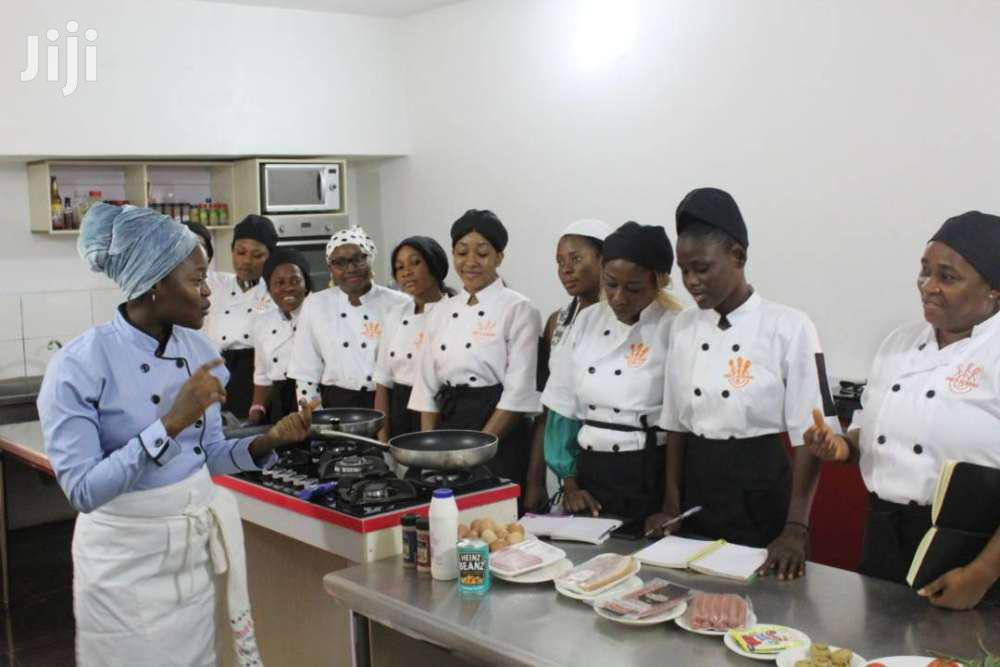 Best Chef Recruitment And Cooking Services/Chefs And Hospitality Staff