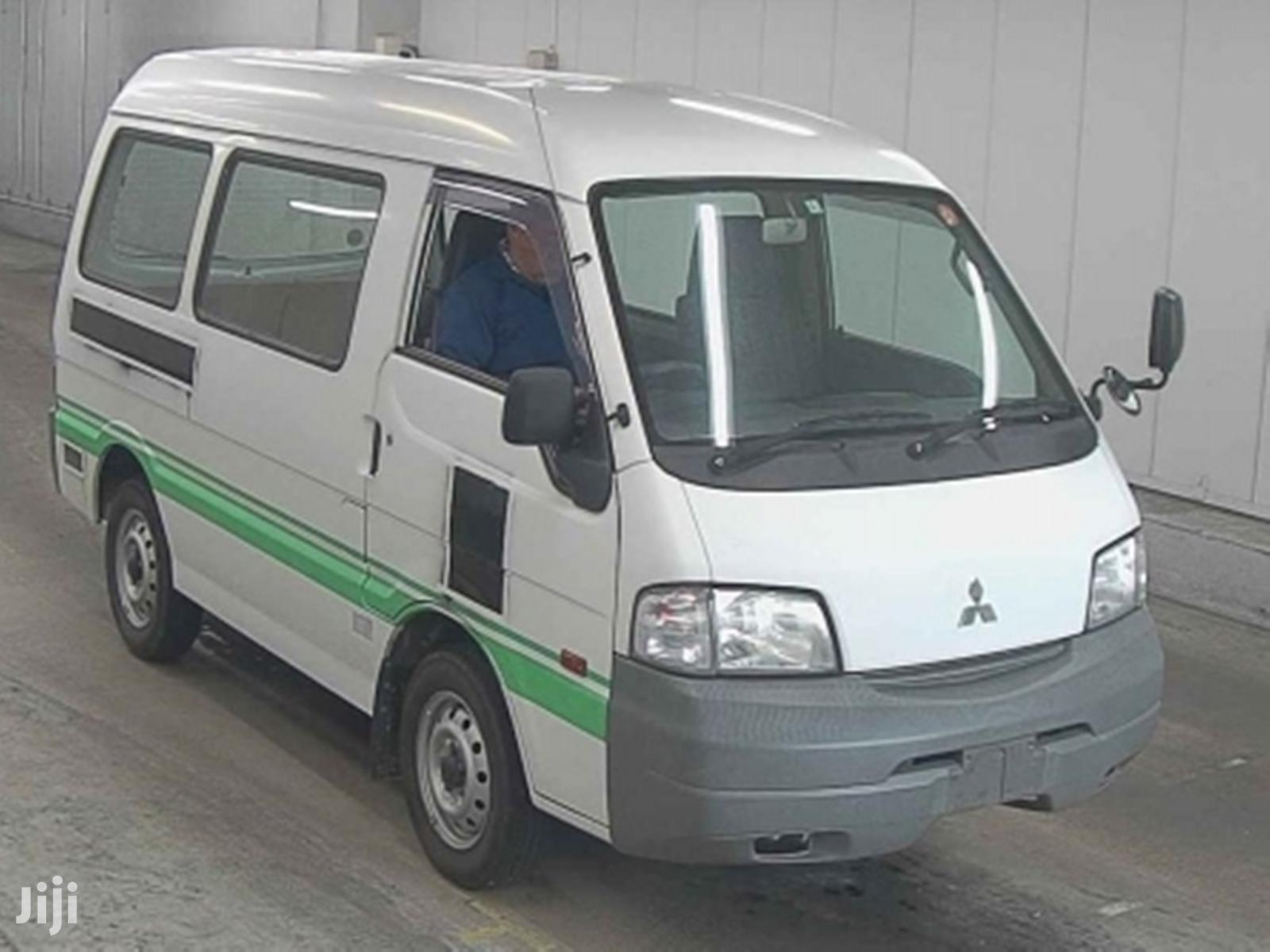 Archive: Mitsubishi Delica 2011