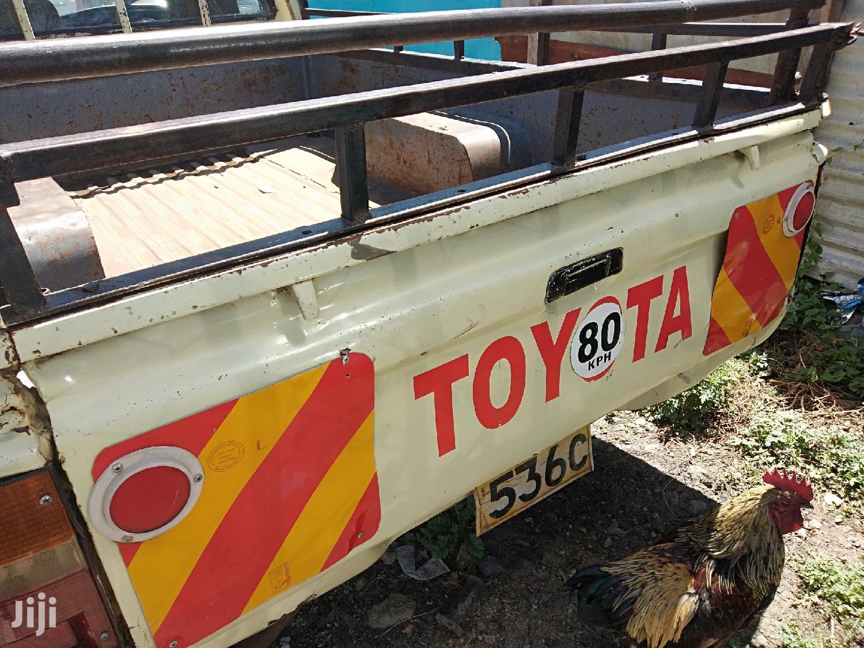 Toyota Hilux 1999 Beige | Cars for sale in Komarock, Nairobi, Kenya
