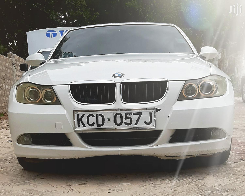 Archive: BMW 320i 2008 White