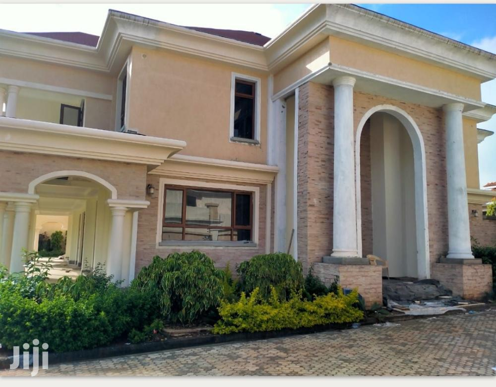 A Contemporary 5 Bedroom All Ensuite House for Sale in Runda