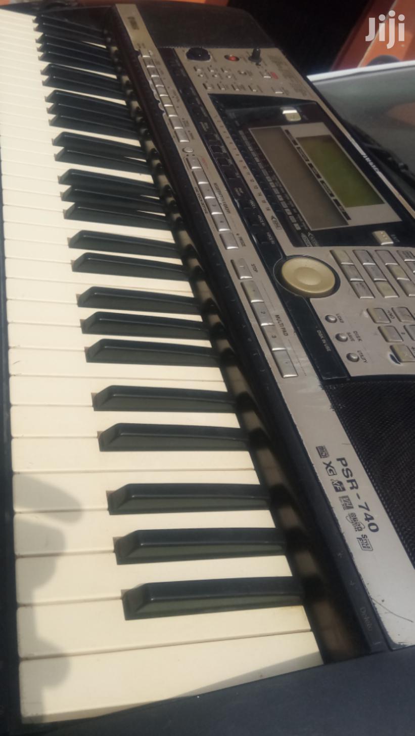 Yamaha Piano Keyboard Psr740