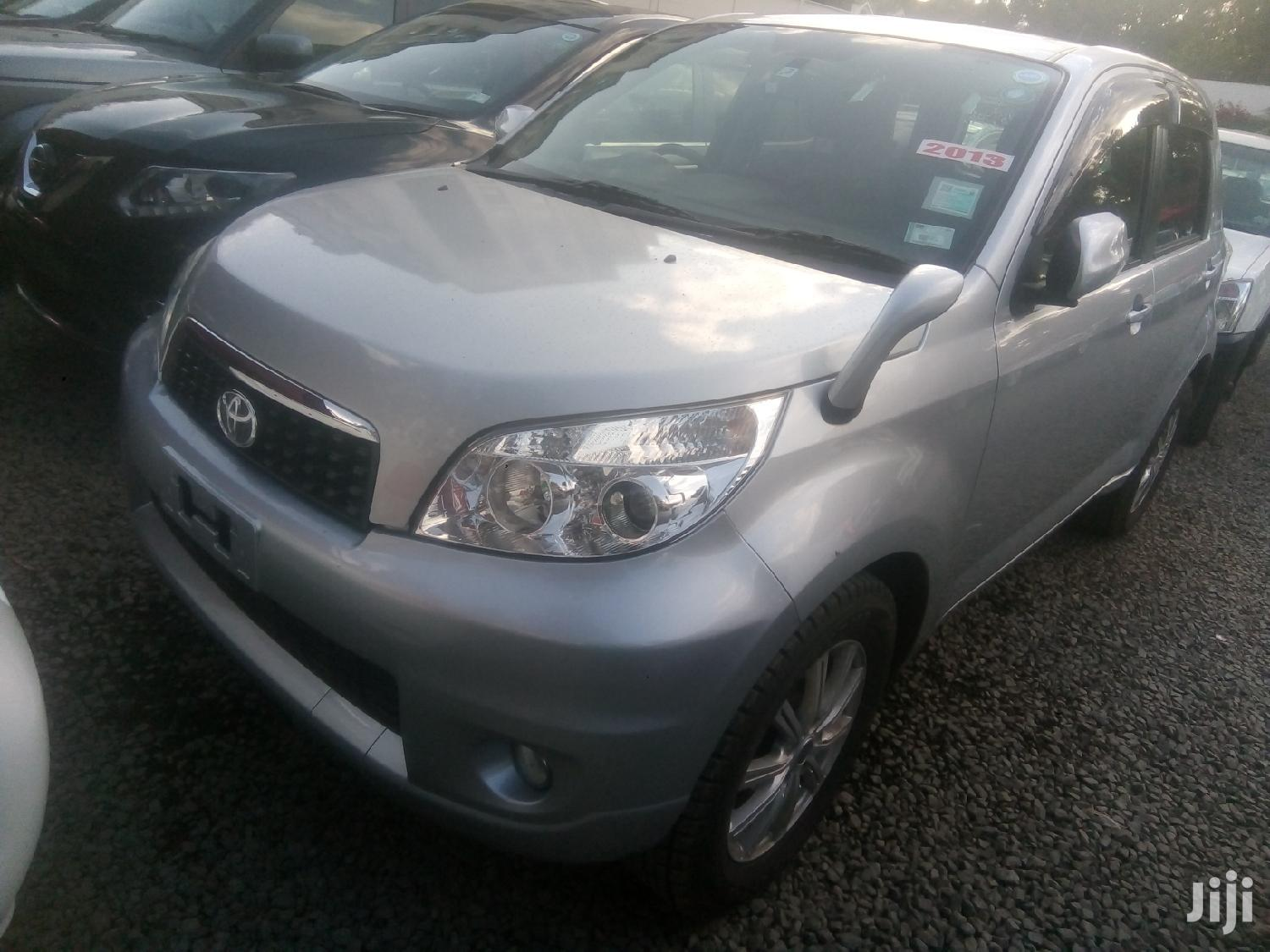 Archive: New Toyota Rush 2013 Silver
