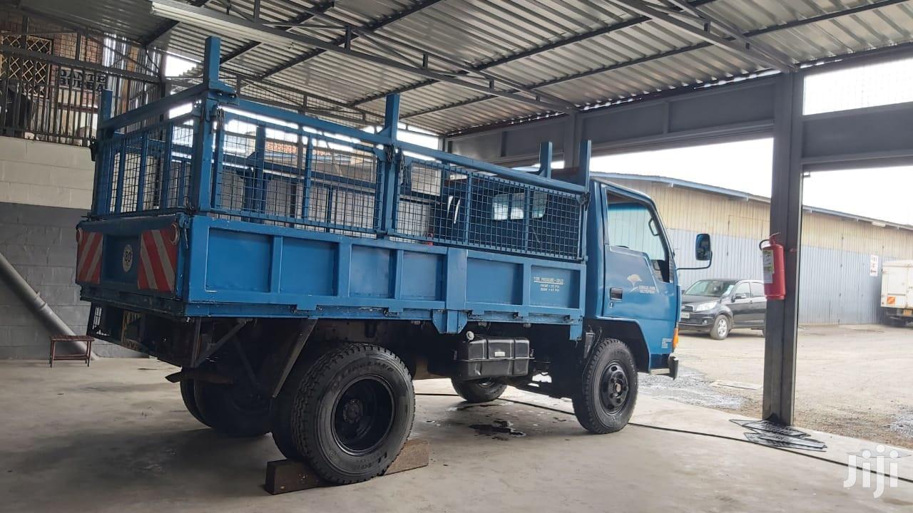 Mitsubishi Canter 3560 Cc Diesel Engine 1991 Model Manual Tr | Trucks & Trailers for sale in Nairobi South, Nairobi, Kenya