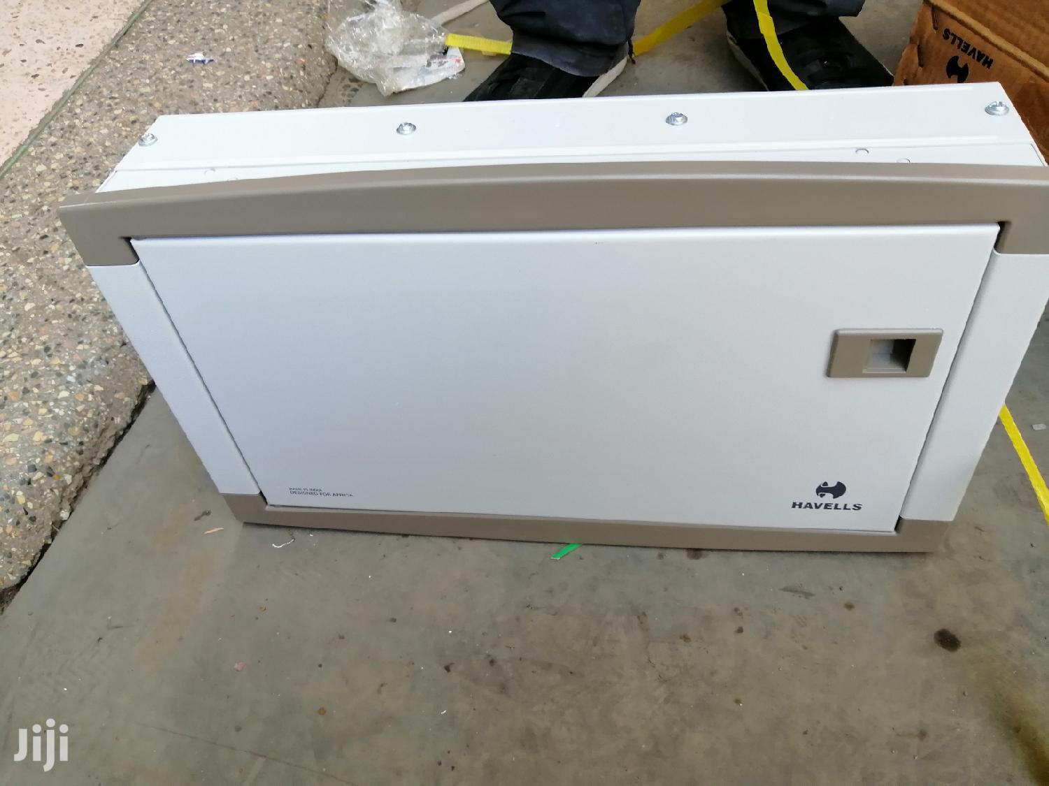 Harvells 12 Way 63A Single Phase Consumer/Distribution Unit