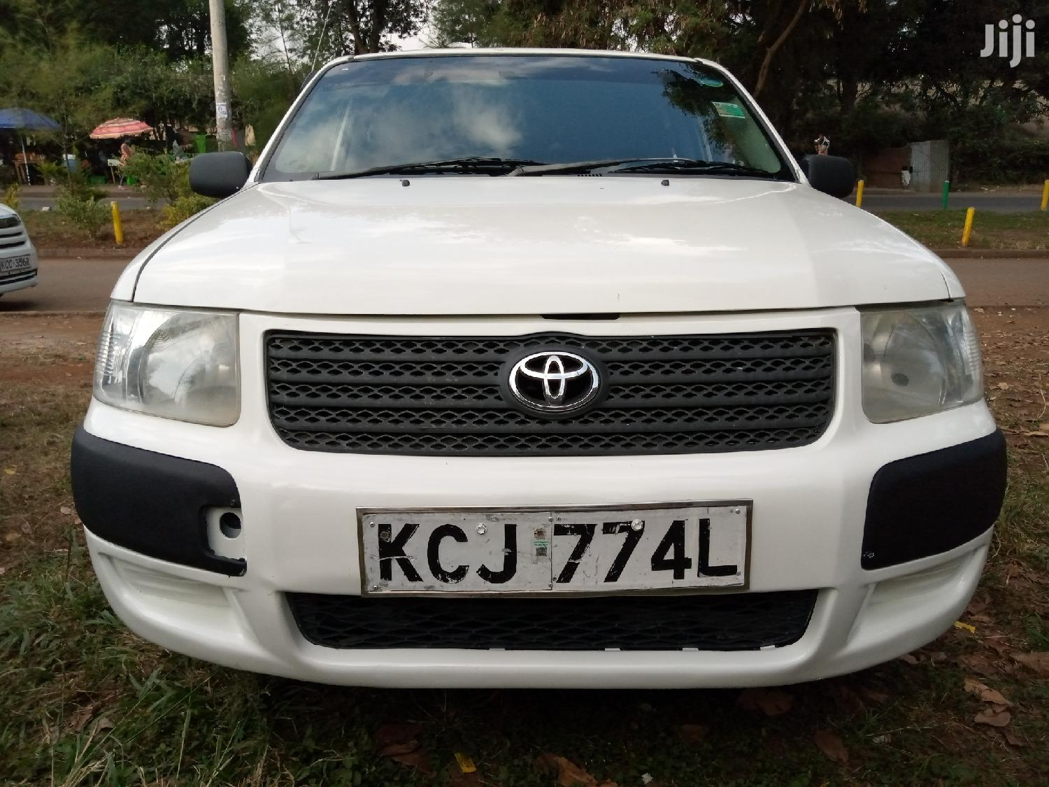 Toyota Succeed 2008 White