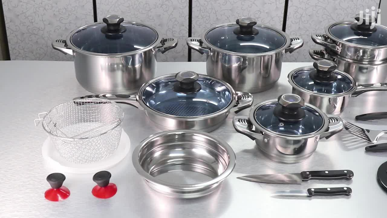 Stainless Steel Cookware Sets That Every Household Needs