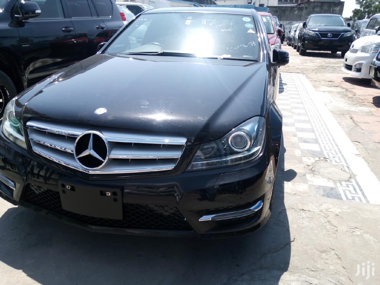Mercedes-Benz C200 2013 Black