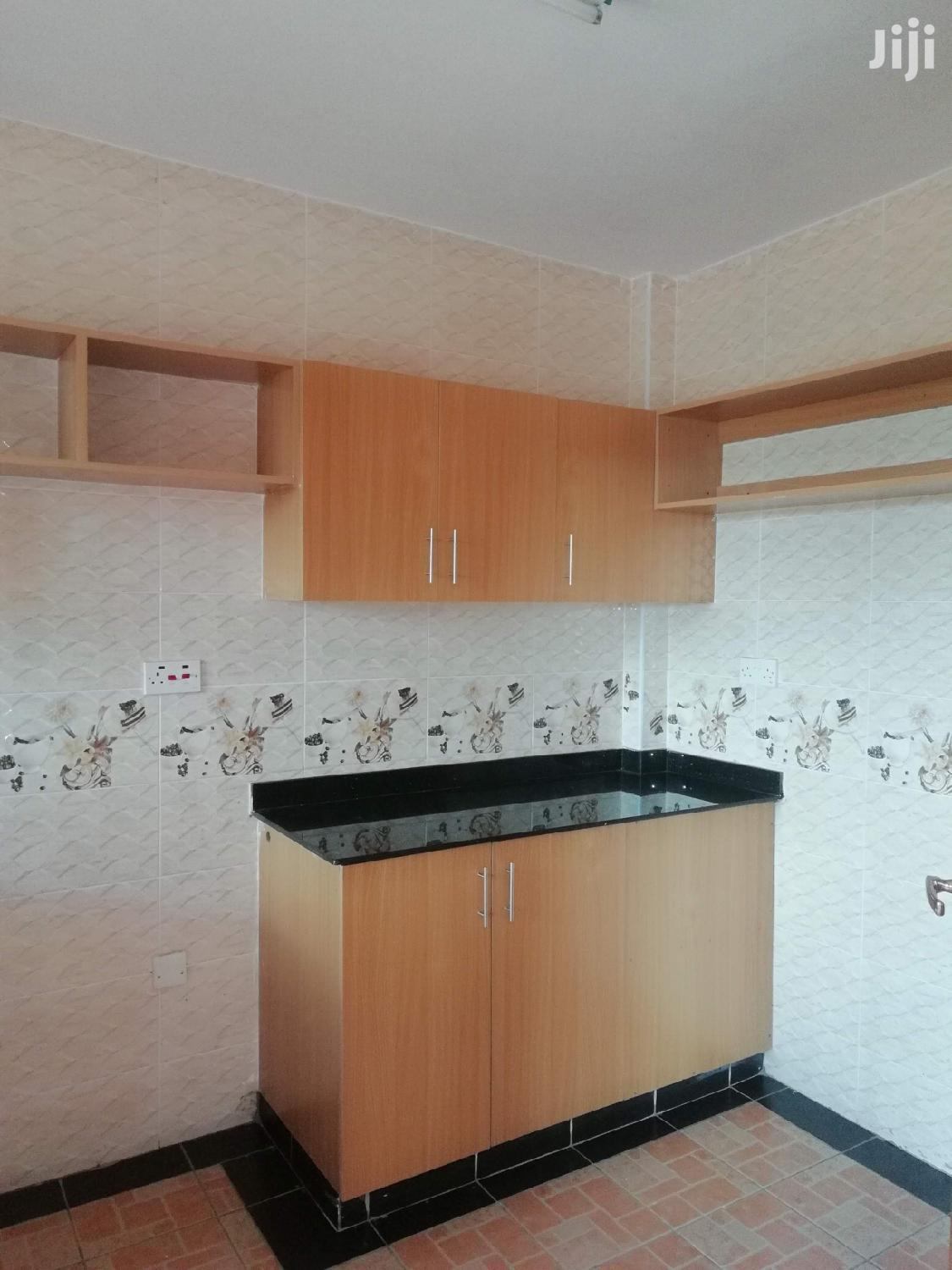 Property World,2brs Apartment With Generator And Very Secure | Houses & Apartments For Rent for sale in Lavington, Nairobi, Kenya