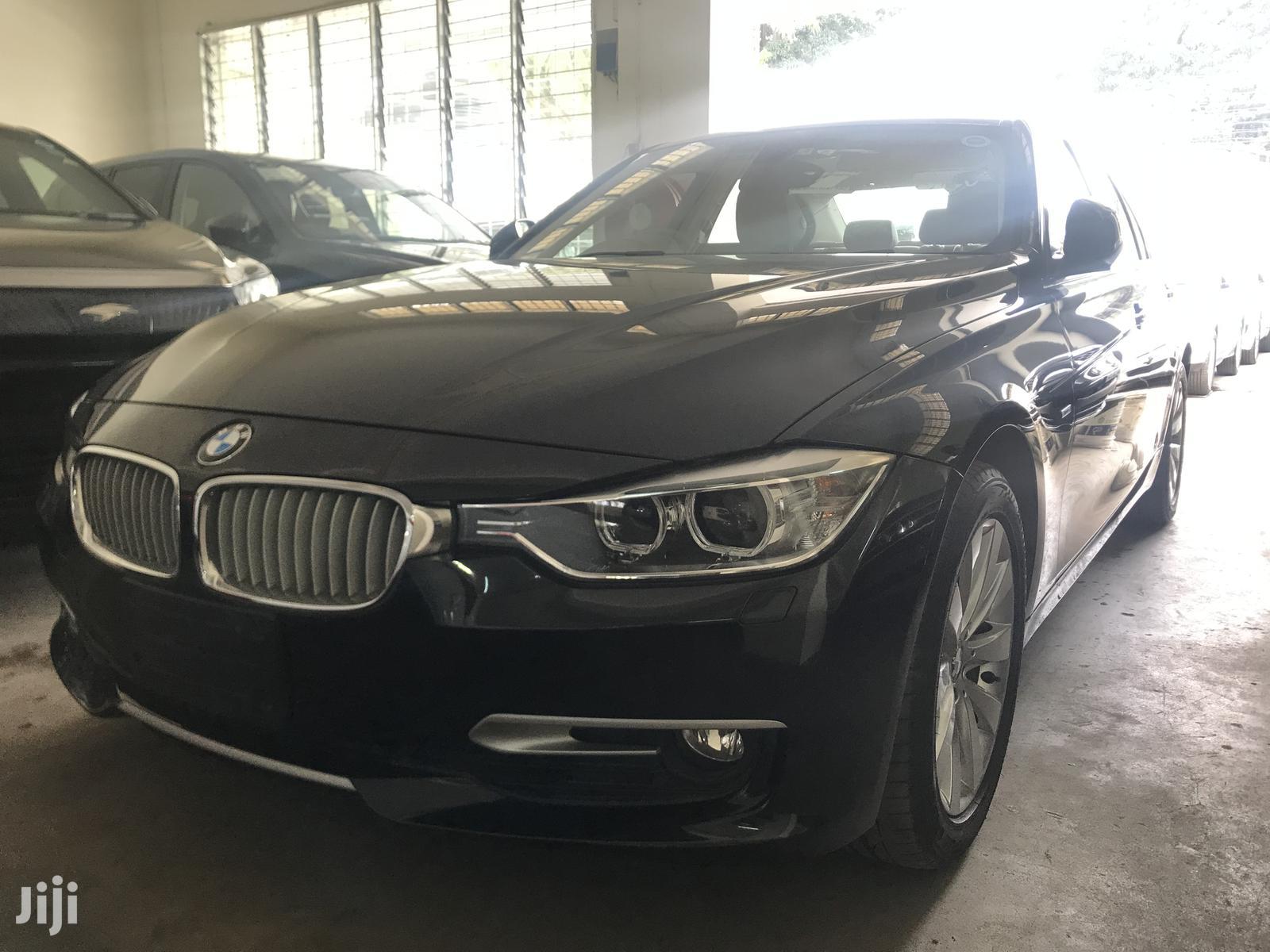 BMW 320i 2013 Gray