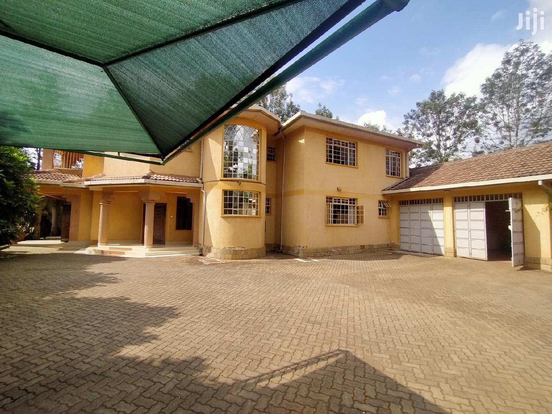 Lovely 5 Bedroom Mansion With 2 Sqs Karen | Houses & Apartments For Sale for sale in Karen, Nairobi, Kenya