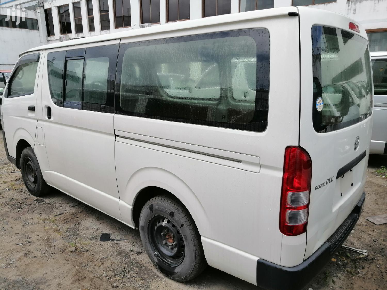 Auto Diesel Toyota Hiace White KDH   Buses & Microbuses for sale in Mvita, Mombasa, Kenya
