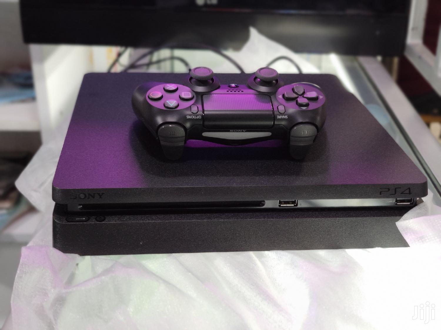 Archive: Playstation 4 Slim 500GB Almost New
