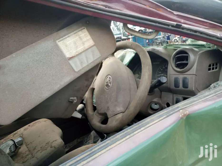 Archive: Toyota Land Cruiser 2015 Green