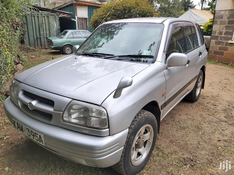 Suzuki Escudo 1999 Silver