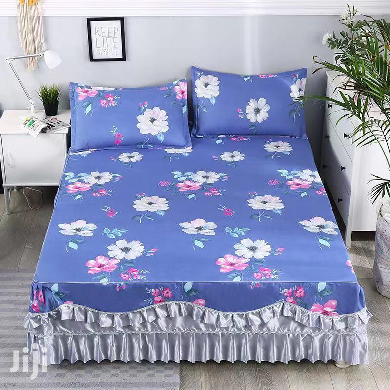 Blue Flowered Bedskirt 6*6