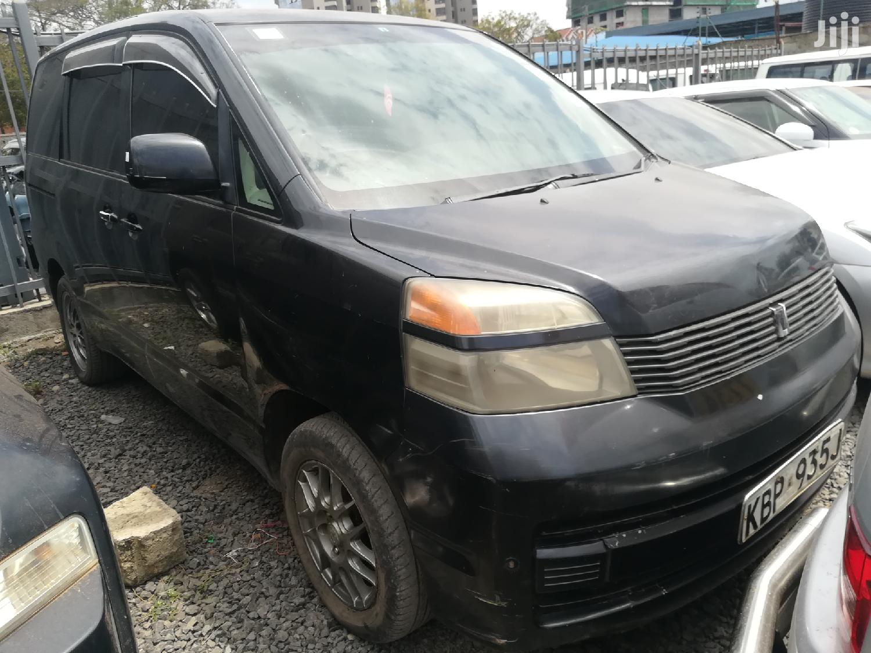 Toyota Voxy 2005 Black
