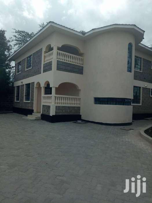 4 Bedroom Master Ensuite With Dsq Mansion in Kitengela at Ksh40,000