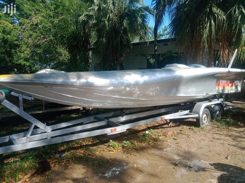 Race Boat 16ft Phantom Offshoreracing