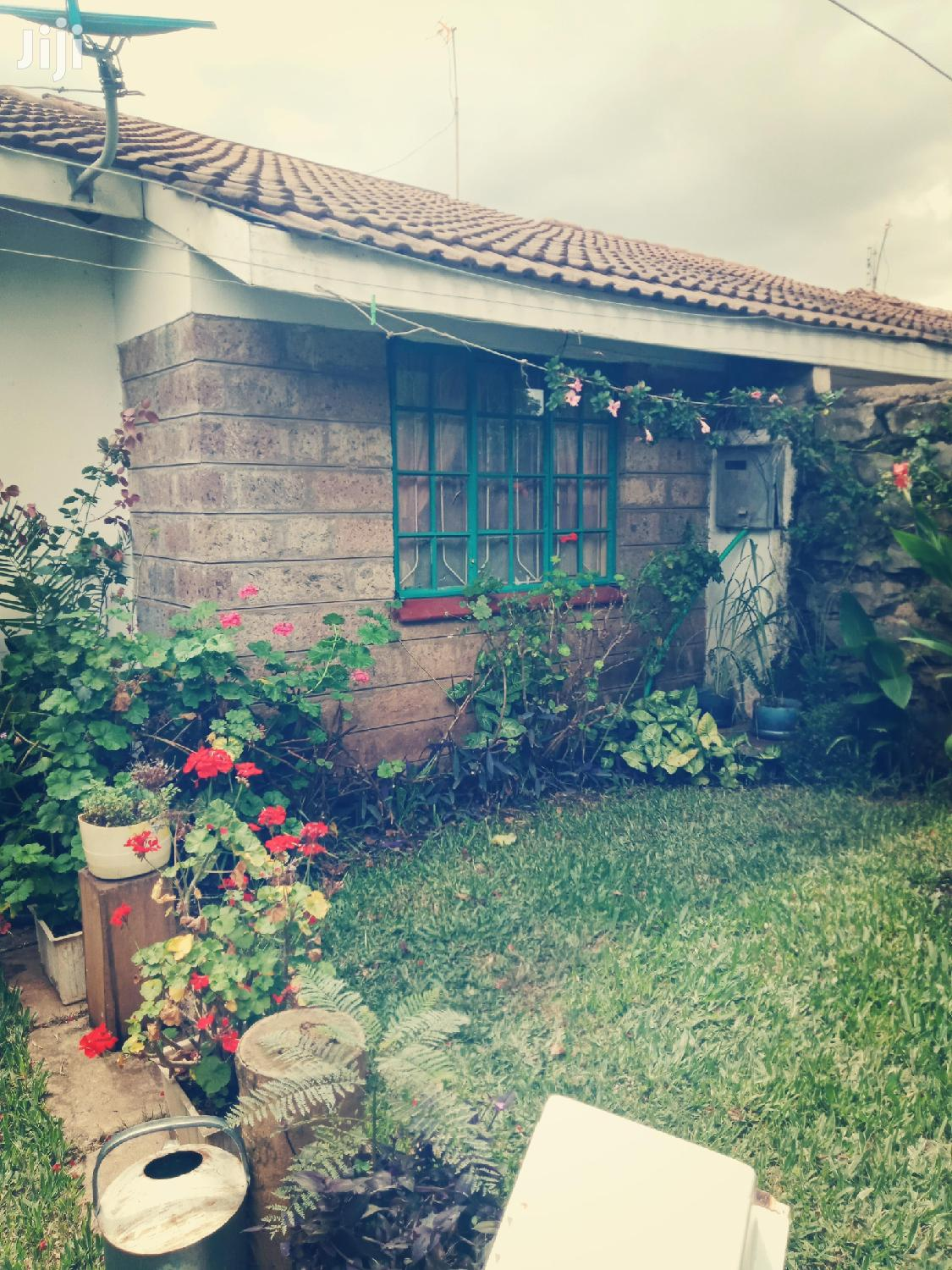 Home Stay/ Rooms to Let