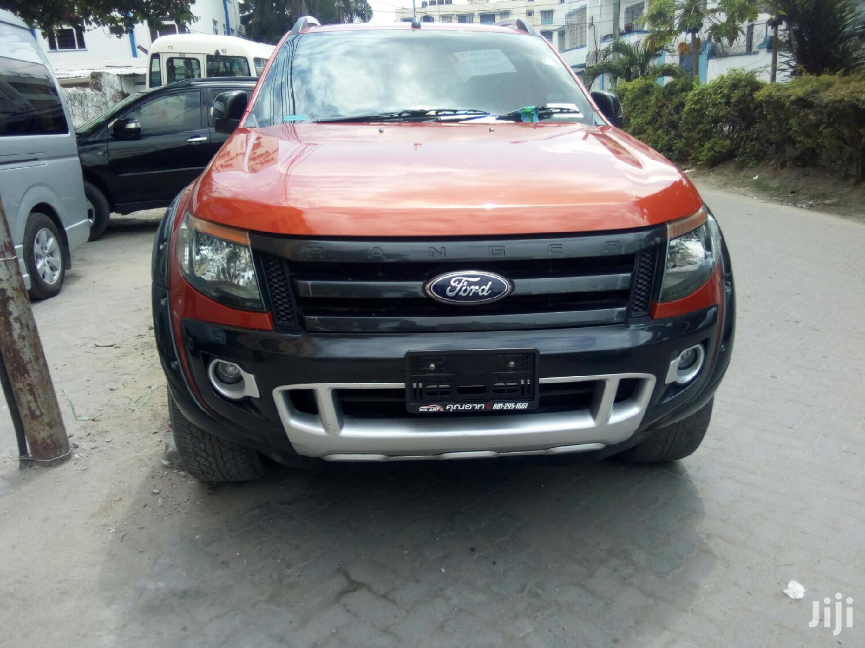 Archive: Ford Ranger 2013 Orange