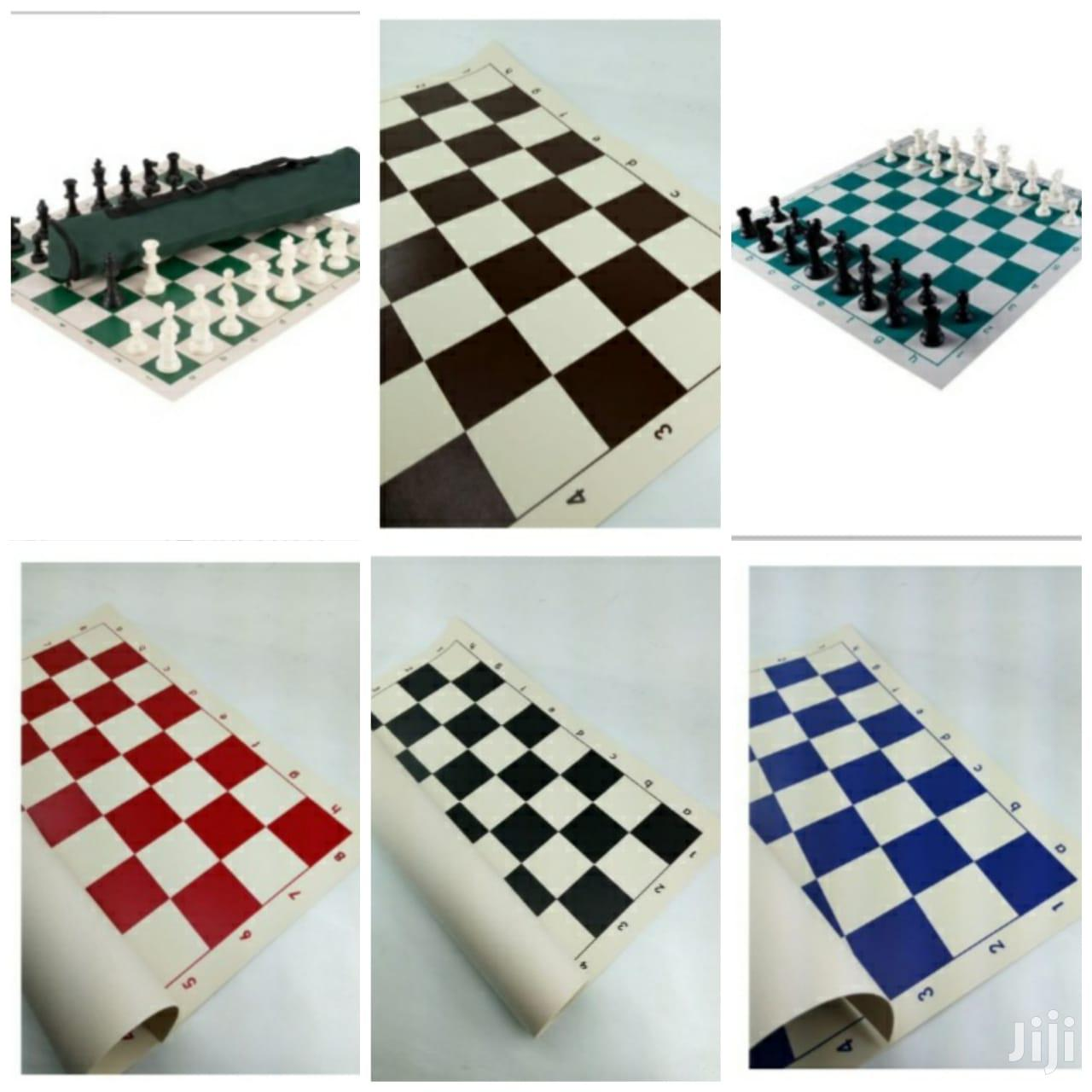 Tournament Chess Game Board And Bag