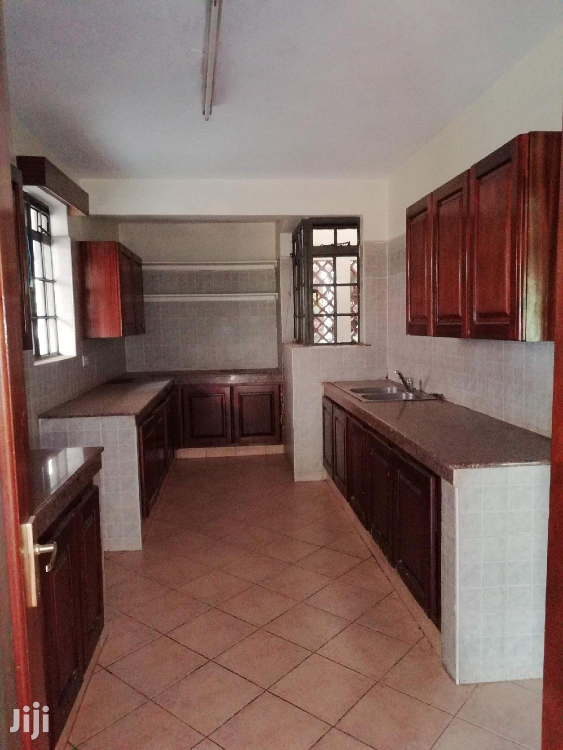 Property World,4brs+Dsq Duplex With Pool,Gym,Lift and Secure