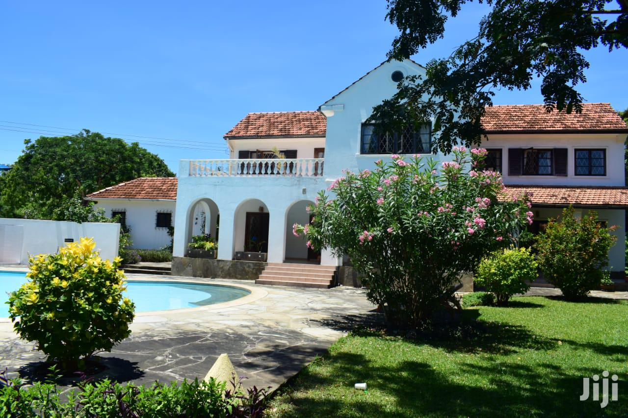 To Let 5 Bedrooms Villa Nyali